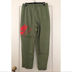 Lightweight Nike parachute pants